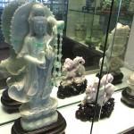 翡翠の彫刻品