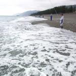宮﨑海岸と釣り人