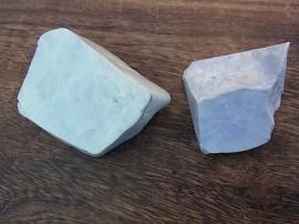 翡翠原石 白と紫
