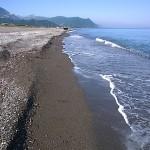 砂浜状態の須沢海岸