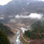 青海川遠景