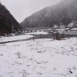 小滝川と姫川の合流地点