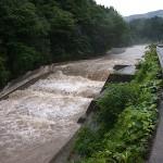 小滝川の濁流 一日目