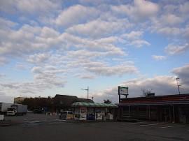 早朝の道の駅・「市振の関」