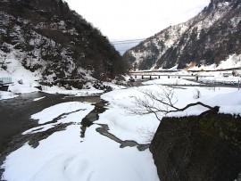 小滝川の積雪 1日目