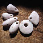 垂飾 桃簾石