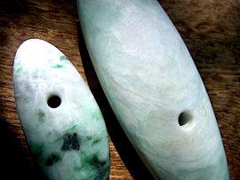 大珠 薄緑翡翠
